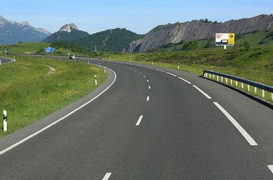 rutas-españa_0006_navarra-min