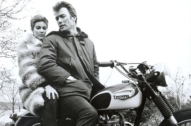 tisha-sterling-clint-eastwood-triumph-bonneville-1968-triumph-cogans-bluff