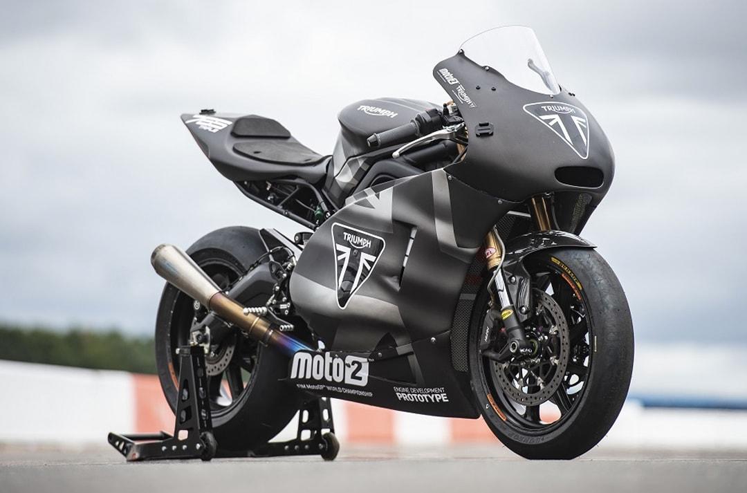 triumph-moto2-2-min